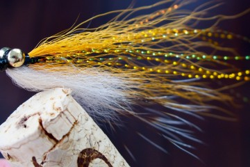 Bonefish Clouser in Pale Orange