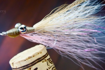 Bonefish Clouser In Pink & Beige